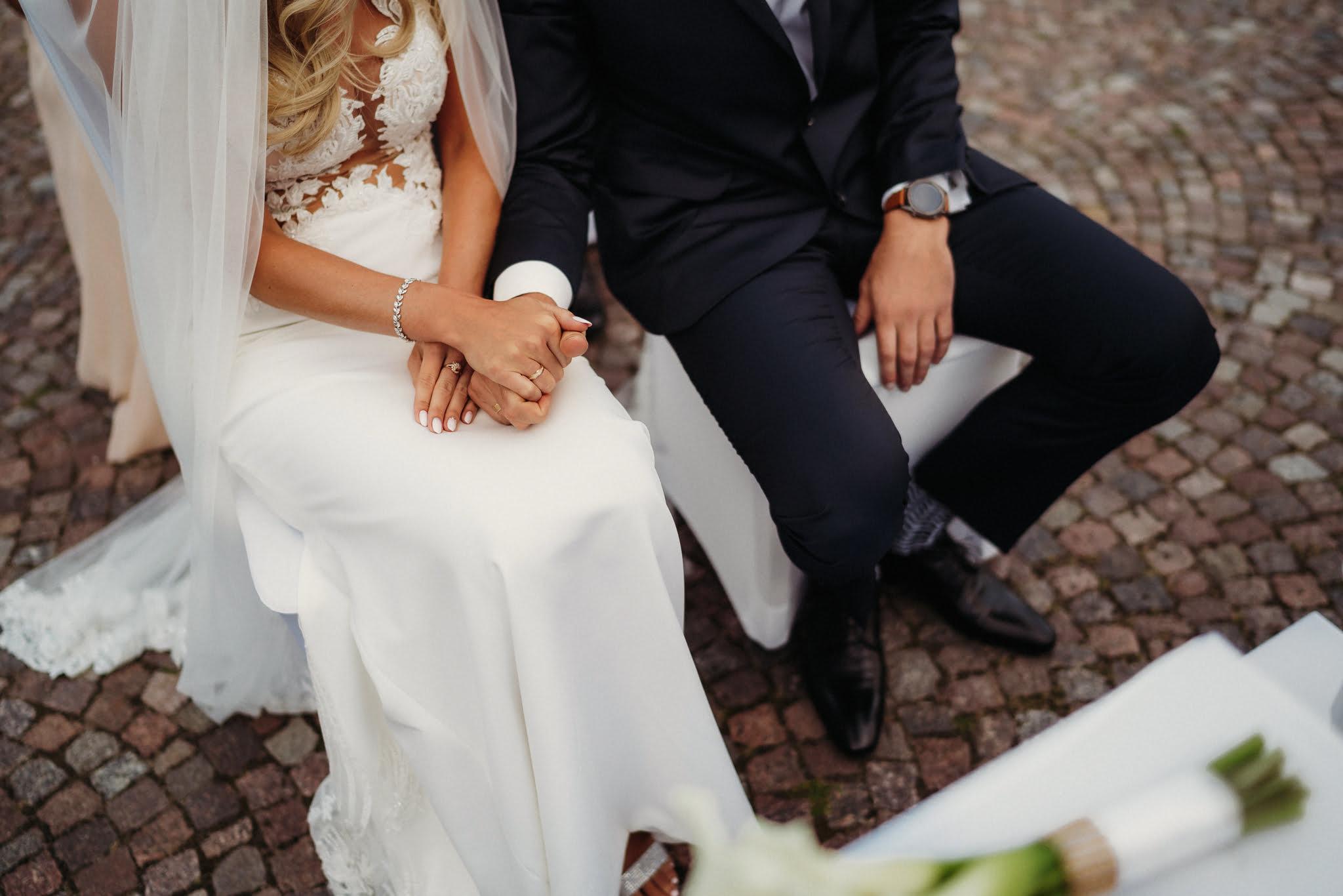 drobne gesty na ślubie